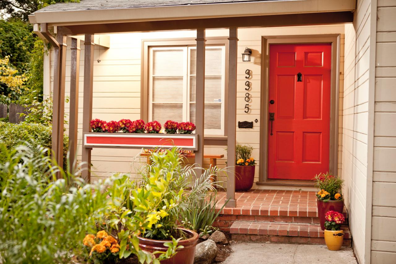 8 budget curb appeal projects hgtv Curb appeal doors
