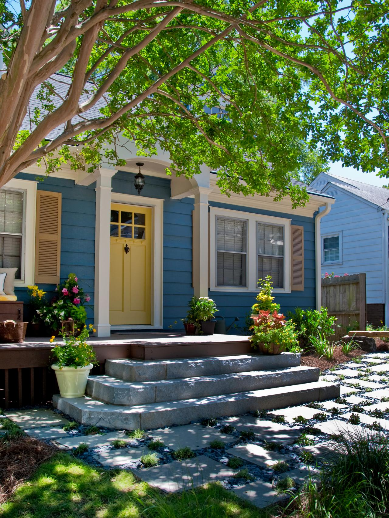 8 Bud Curb Appeal Projects