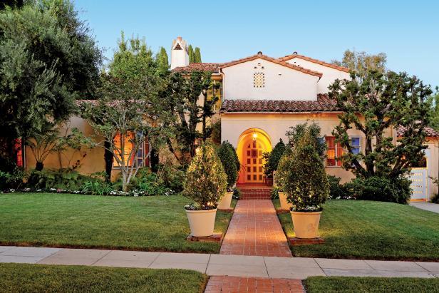 Mitzi Gaynor's Grand Villa