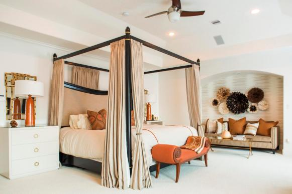 Master Bedroom: Duane and Devi Brown's Home in Bellaire, Texas