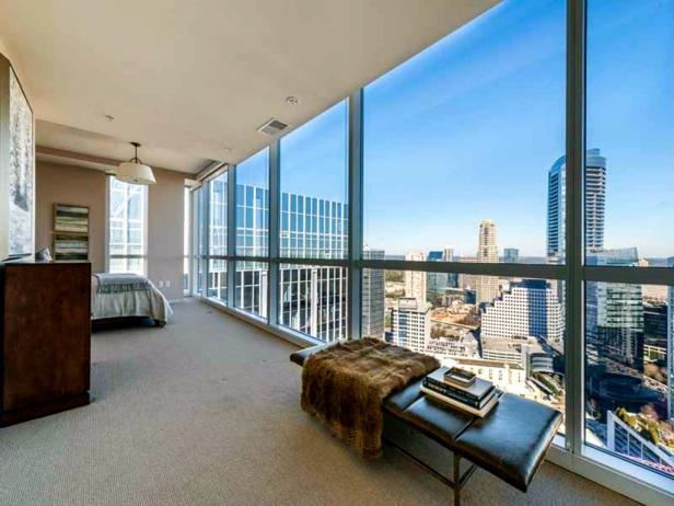 Dan Uggla's Penthouse, Sweeping Views