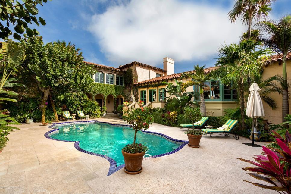 tour ivana trump 39 s palm beach mansion for sale hgtv