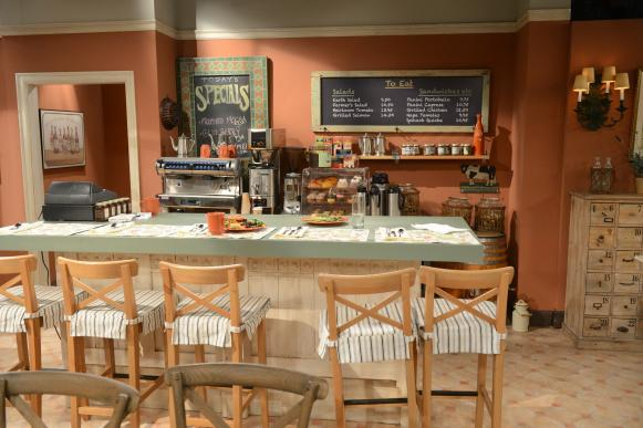 The Burgundy Bistro Set on CBS's 'Mom'
