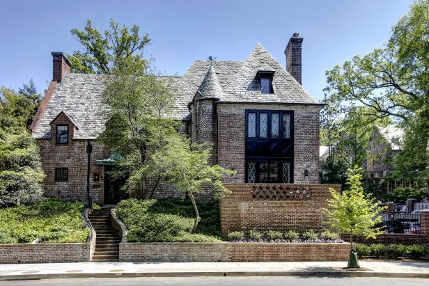 Exterior: Historic Washington DC Home on Belmont Rd