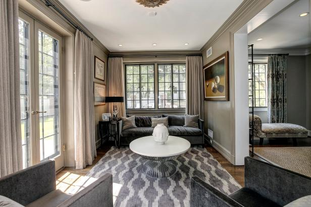 Sitting Area: Historic Home in Washington DC