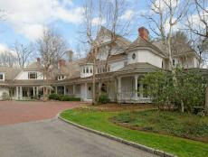 Ron Howard's Greenwich Estate, Exterior