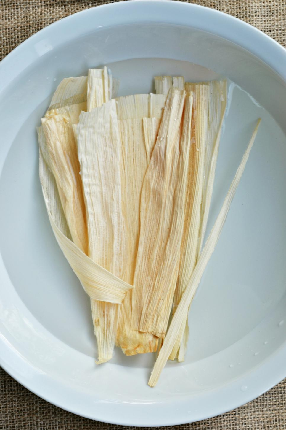 Decorating With Corn Husks Hgtv