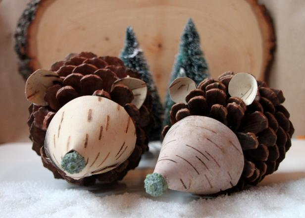 Craft These Holiday Hedgehogs