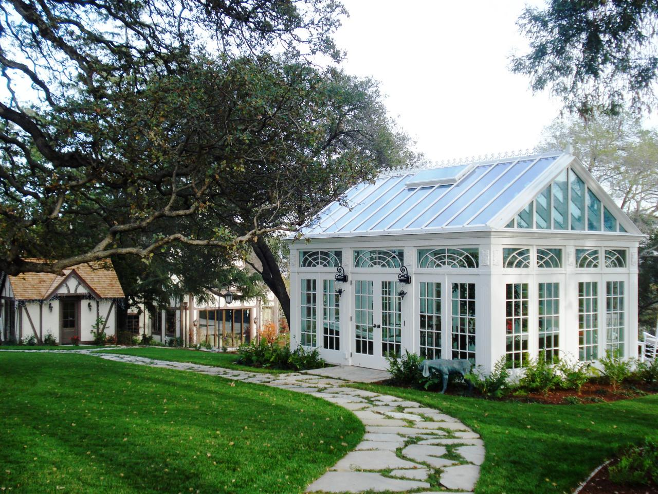 Choosing a greenhouse hgtv Green plans