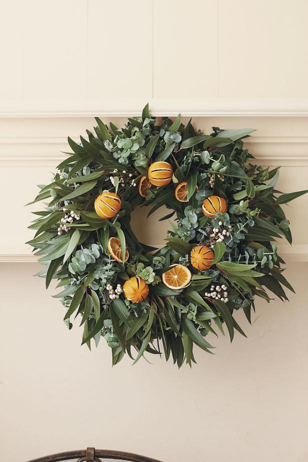 Natural Christmas Wreaths Hgtv