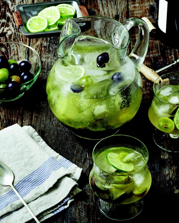 A Refreshing Muscadine Sangria