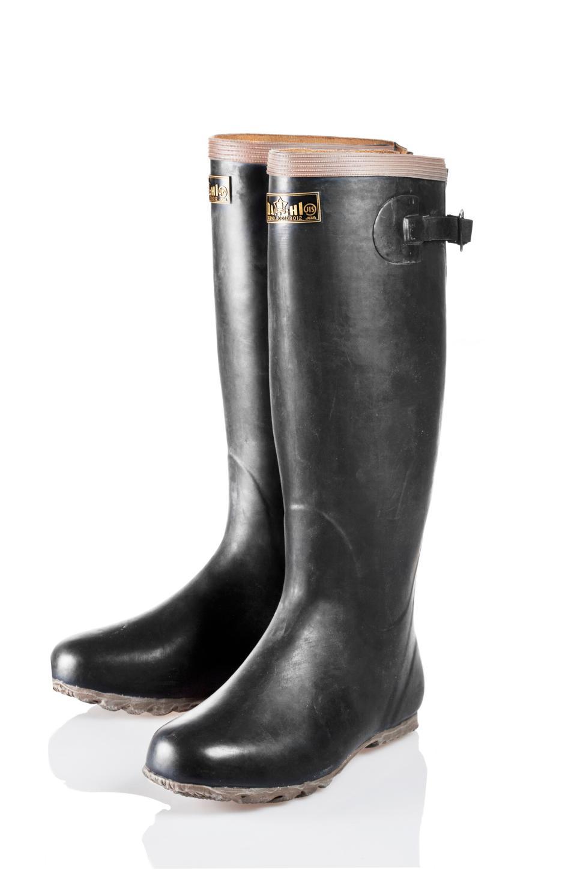 9 Chic Gardening Boots