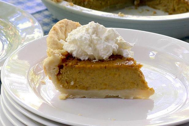 Homemade pumpkin pie using fresh and flavorful pumpkin puree.