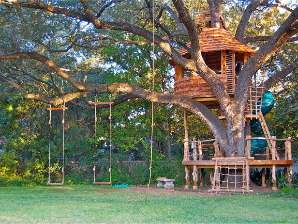 Even the Treehouses Are Bigger in Texas