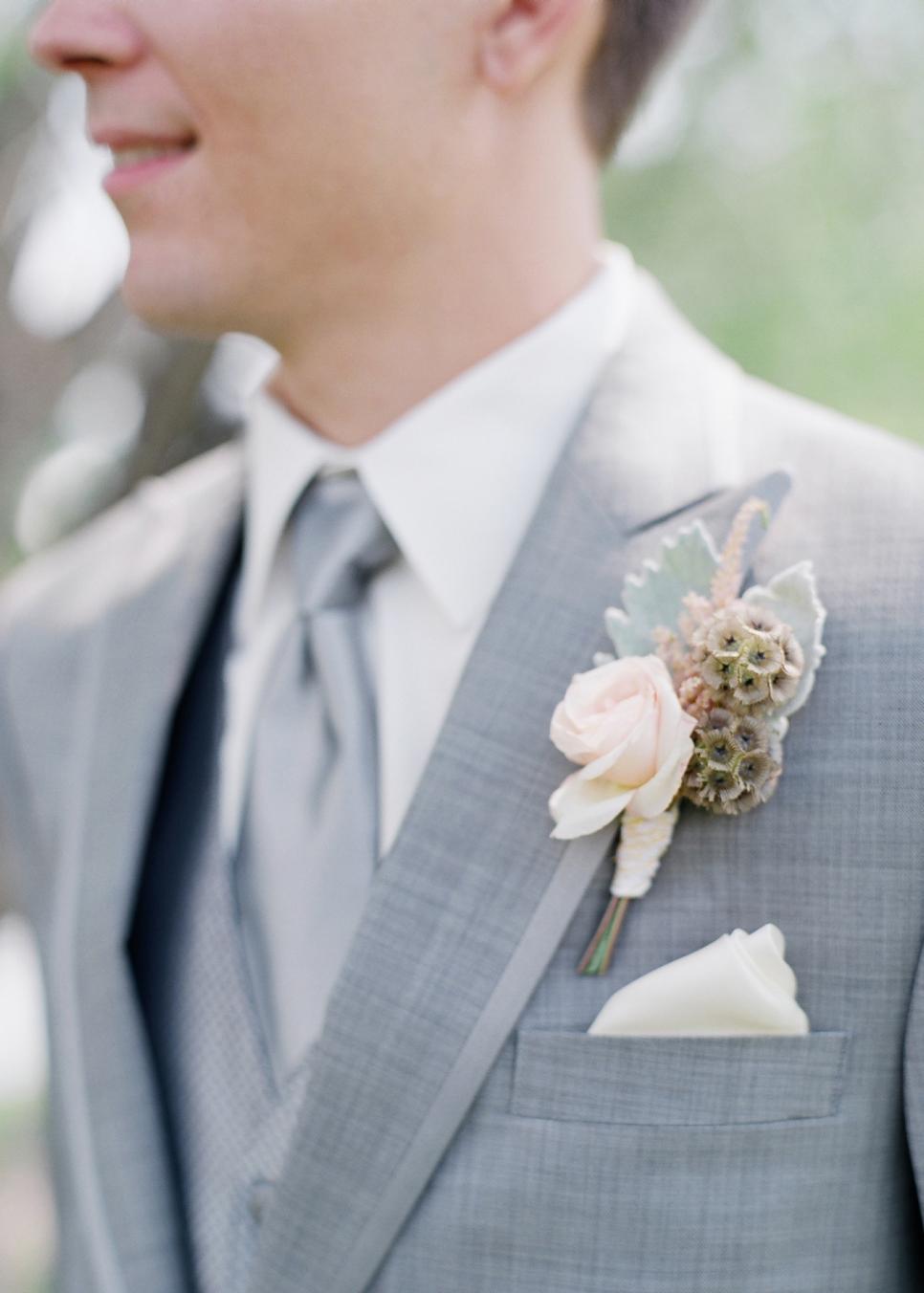 31 fresh cut wedding boutonniere ideas hgtv junglespirit Images