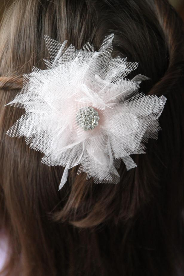 DIY: Bridal Hair Flowers