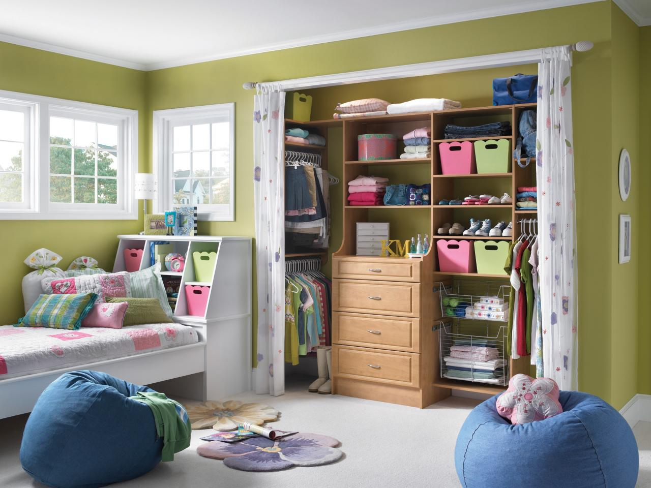 Small closet organization ideas pictures options tips for Kids room closet ideas