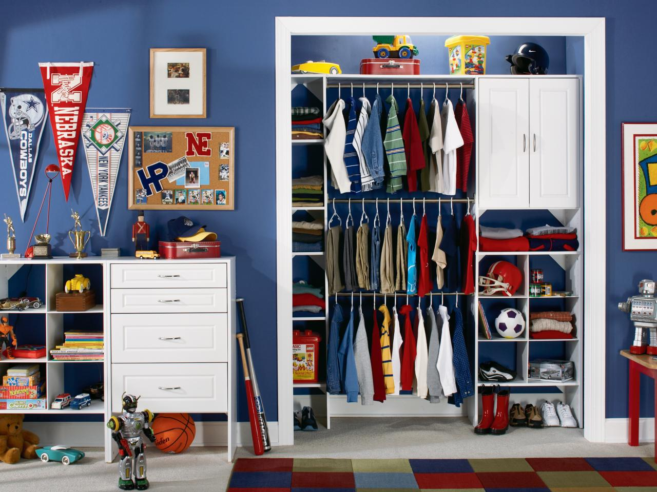 Kids 39 closets and toy storage hgtv for Kids room closet ideas