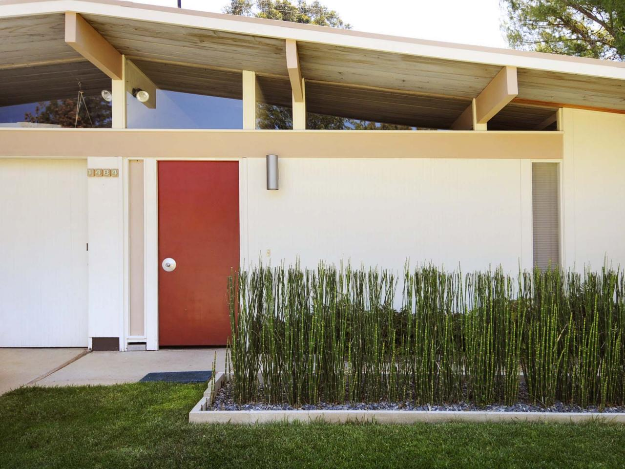 eichler home with bamboo garden - Mid Century Modern Home Exterior Paint Colors