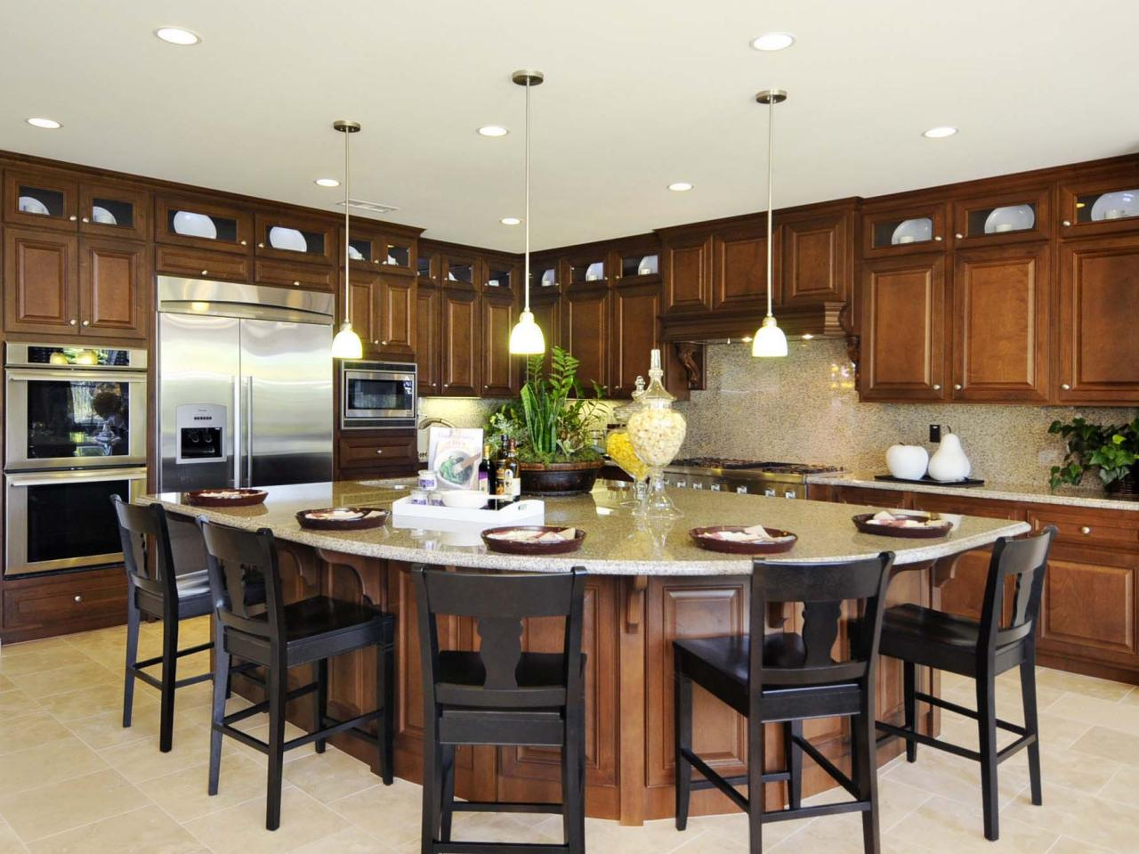 amazing Large Kitchen Designs With Islands #5: Kitchen Island With a Breakfast Bar