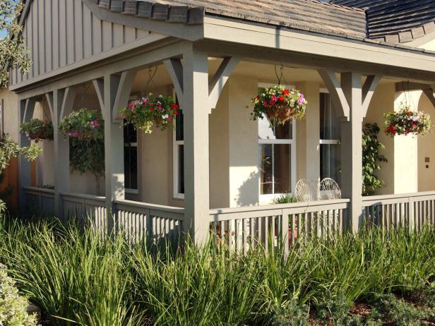 Cottage Wraparound Porch