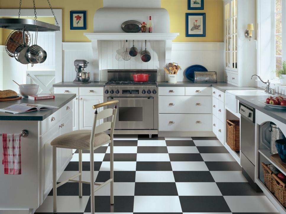 Vinyl kitchen floors hgtv for Kitchen vinyl flooring