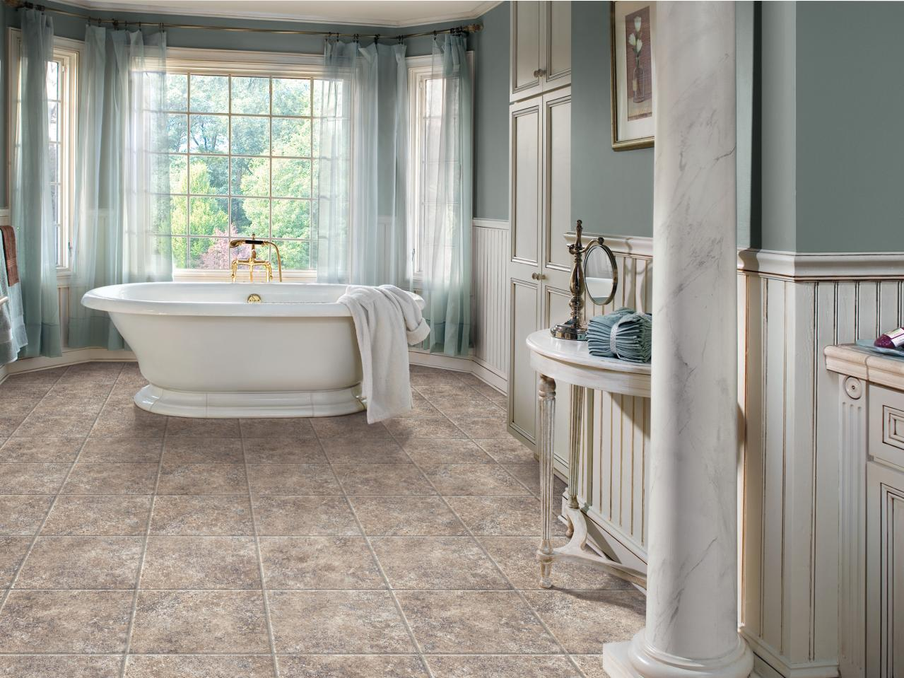 Choosing bathroom flooring hgtv for Vinyl flooring bathroom