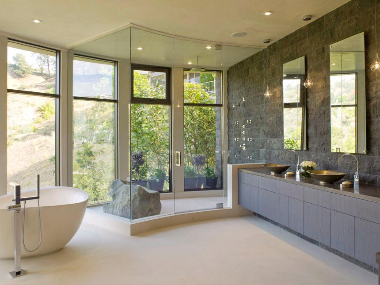 Master bathroom layouts hgtv for Contemporary bathrooms