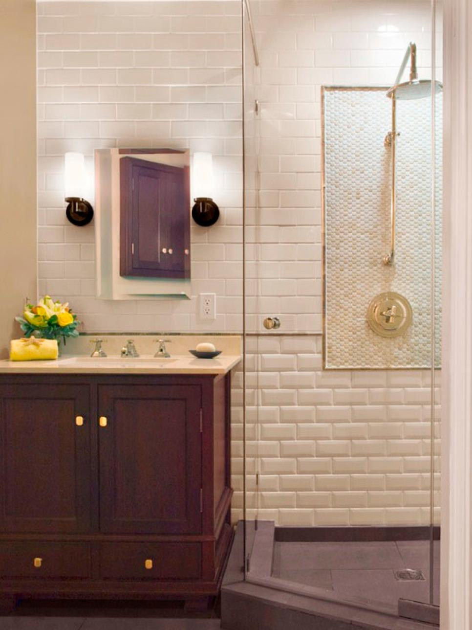 Bathroom shower designs hgtv for Small 3 piece bathroom ideas