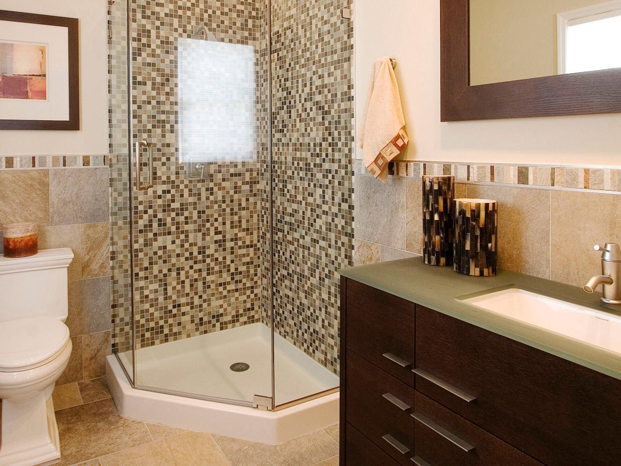 tips for remodeling a bath for resale - Small Bathroom Remodel Corner Shower