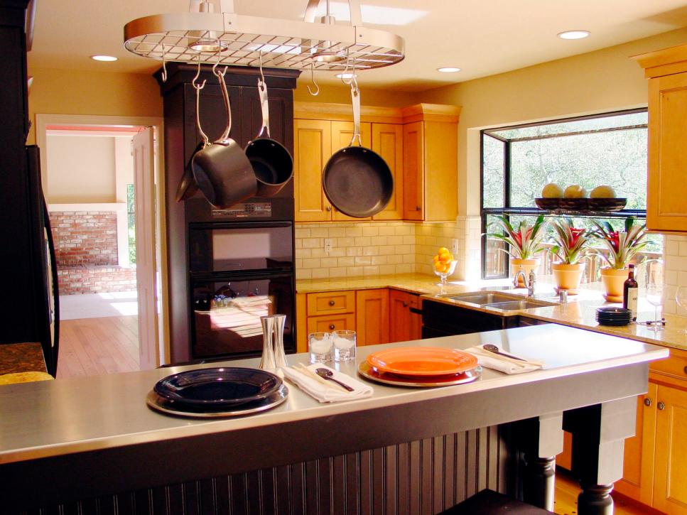 Kitchen Backsplash Yellow Walls rustic yellow kitchens - waternomics