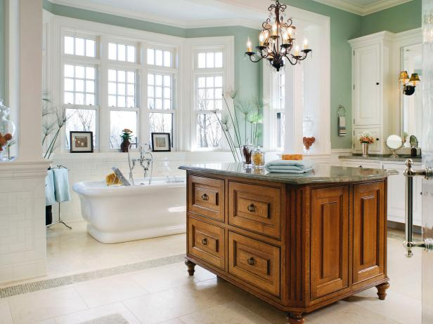 Freestanding Island Centered in Master Bathroom