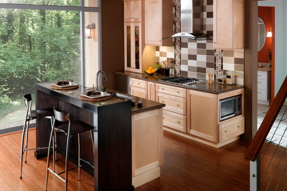 Universal design style kitchens hgtv for Perfect kitchens quincy
