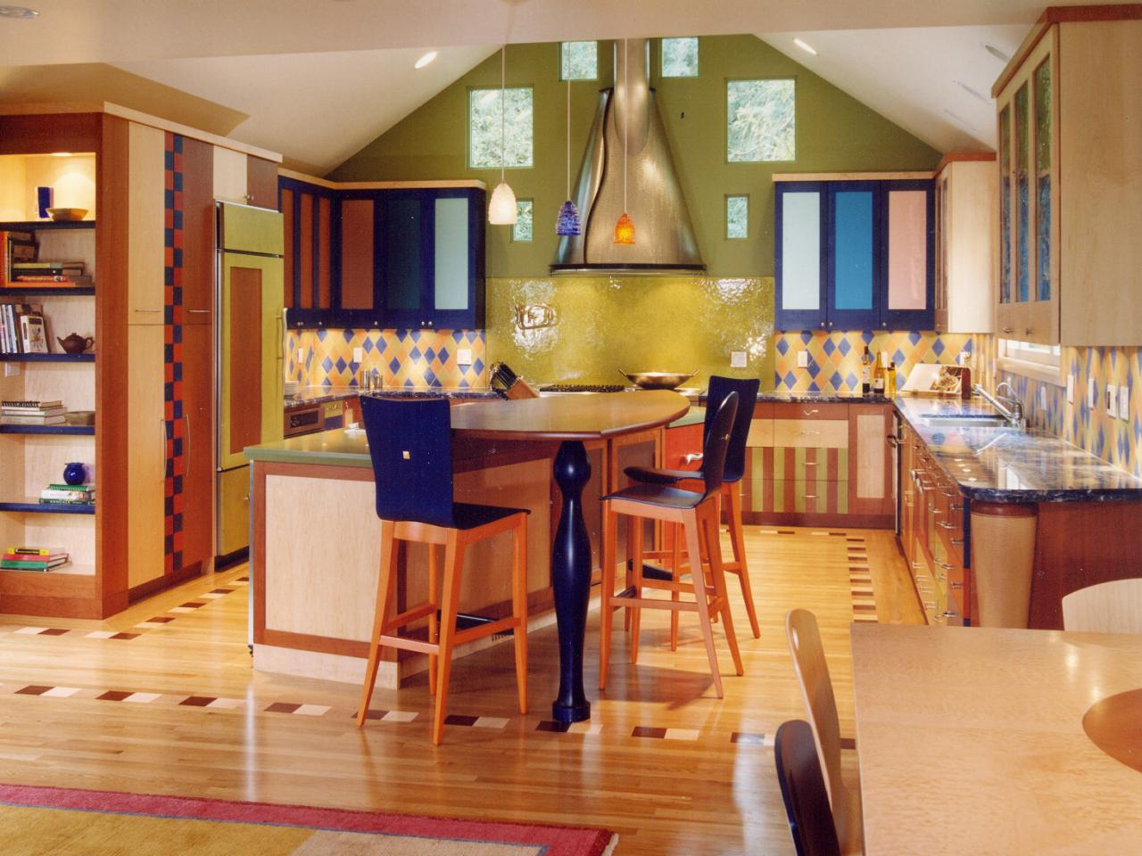 U shaped kitchens hgtv for U shaped dining room