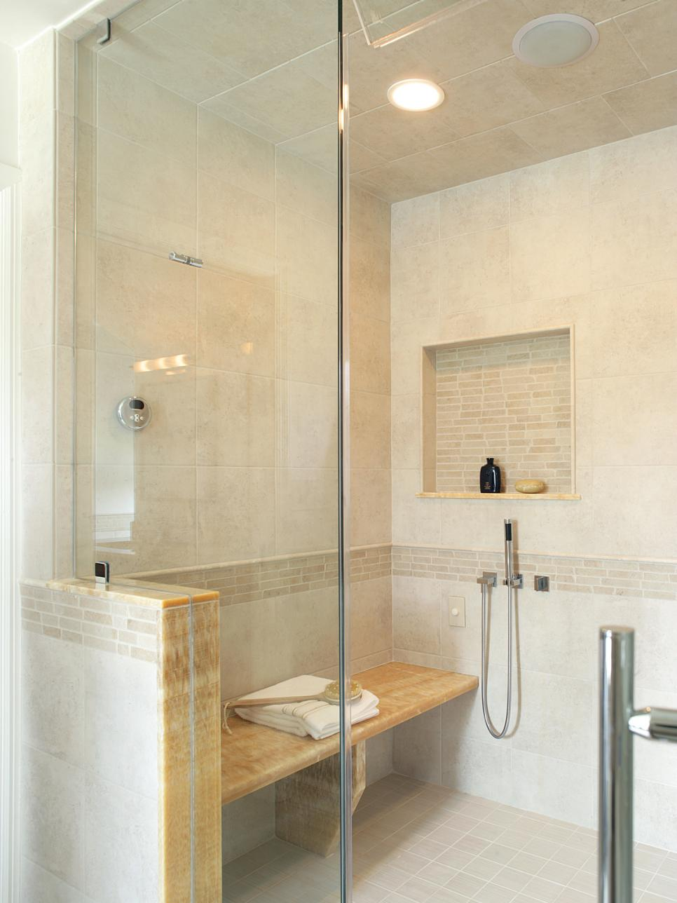 Tub and shower trends hgtv for Bathroom remodel 85382