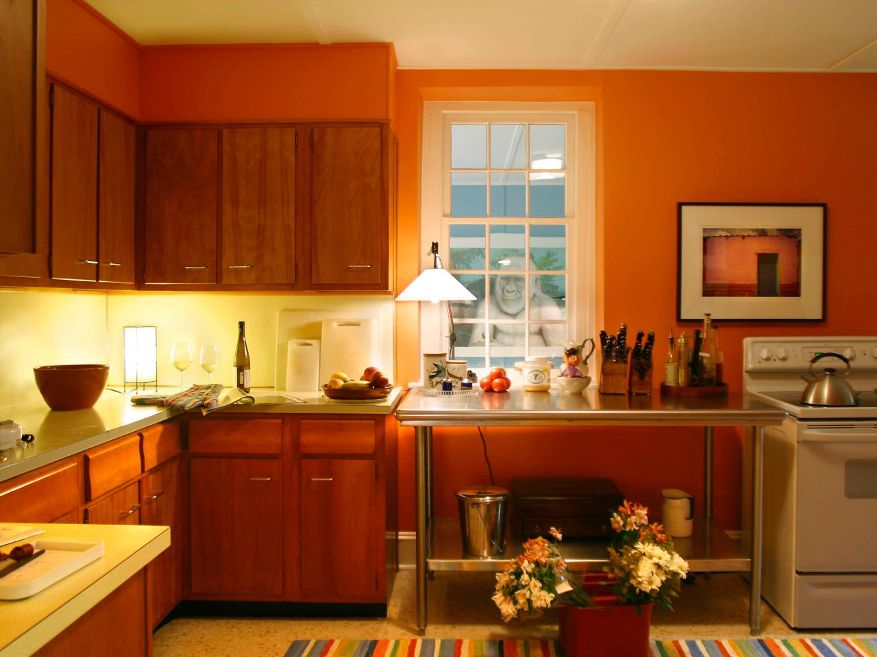 Cheap kitchen cabinets pictures options tips ideas hgtv for Cheap kitchen cabinets
