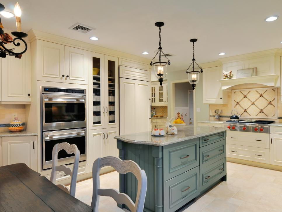 French country kitchens hgtv for Country kitchen cabinets