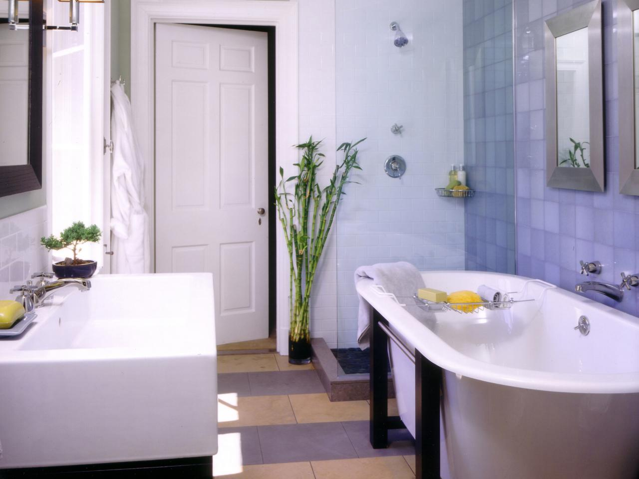 Starting a bathroom remodel hgtv for Small full bathroom designs