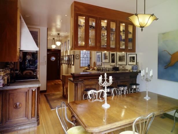 TS-200361609-001_victorian-home-interior_s4x3