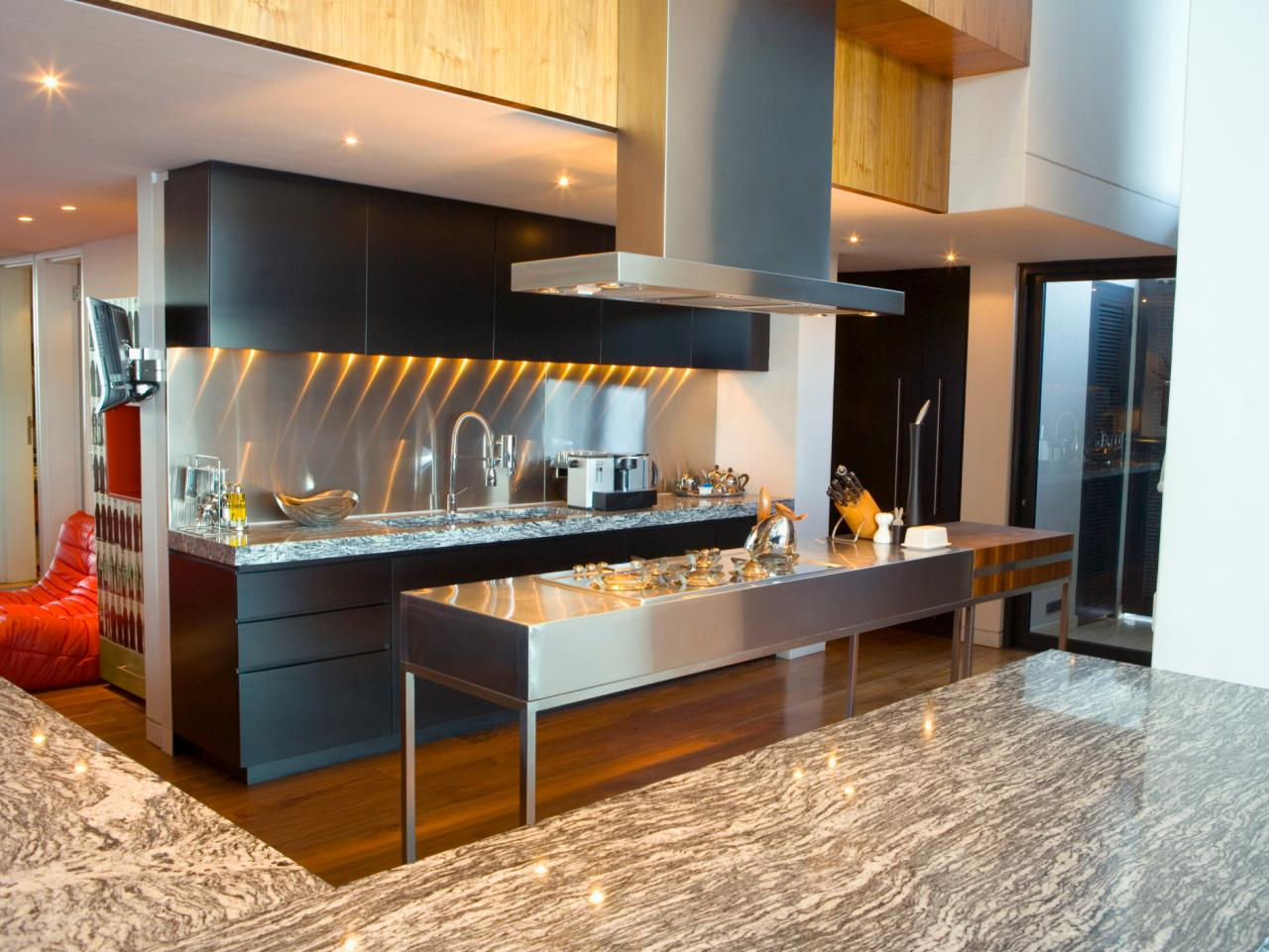 Today 39 s kitchens require attention to detail hgtv for Modern kitchen images