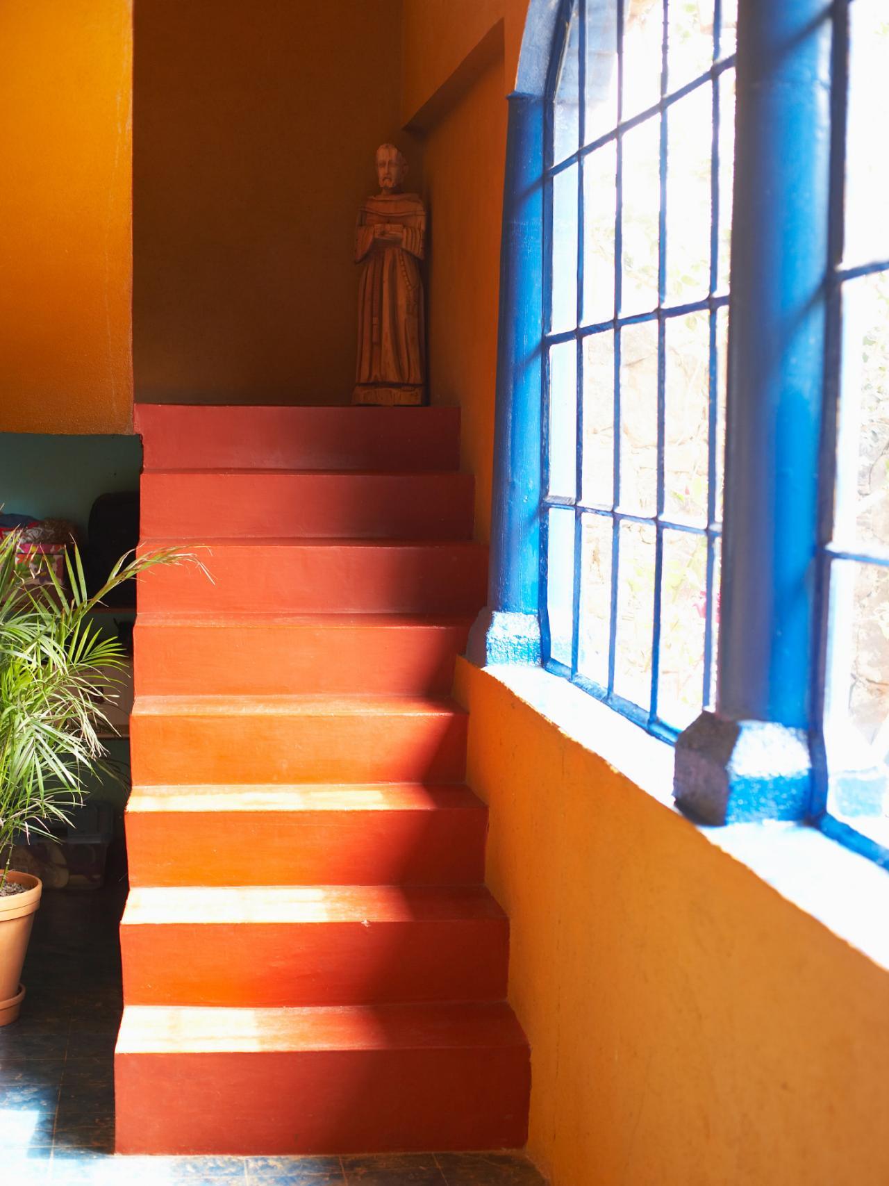 Tremendous Paint Color And Decorating Tips Hgtv Largest Home Design Picture Inspirations Pitcheantrous