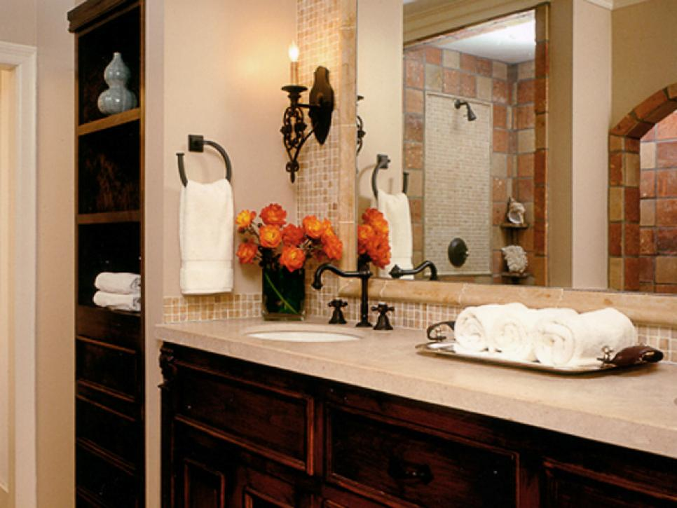 Spanish Style Bathroom Decorating Ideas: Creative Bathroom Storage Ideas