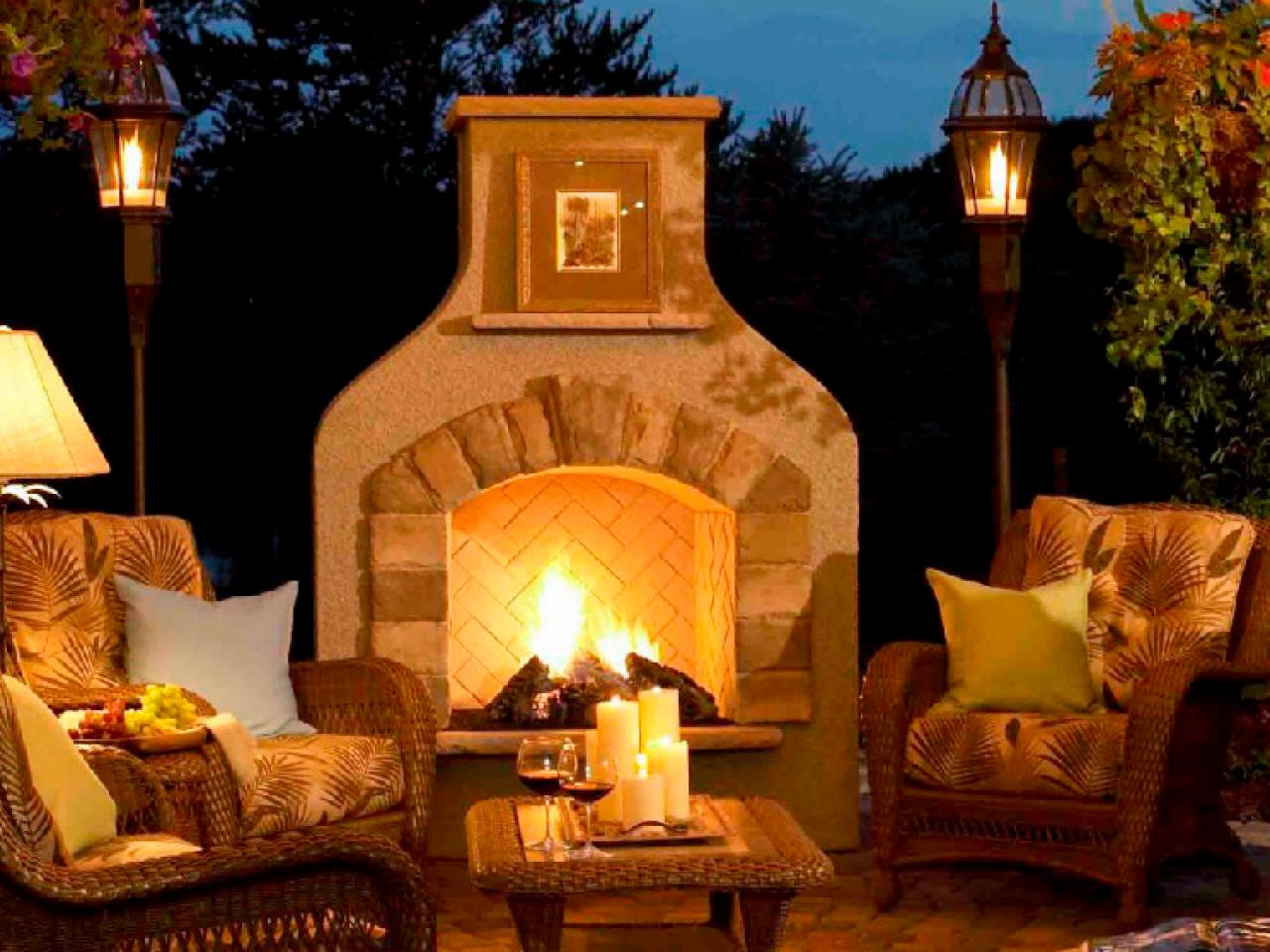Outdoor Lighting Ideas and Options & Outdoor Lighting Ideas and Options | HGTV azcodes.com