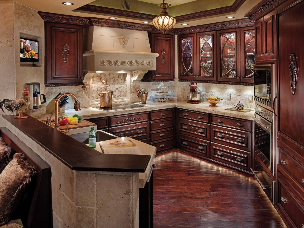 comfortable elegance in the kitchen