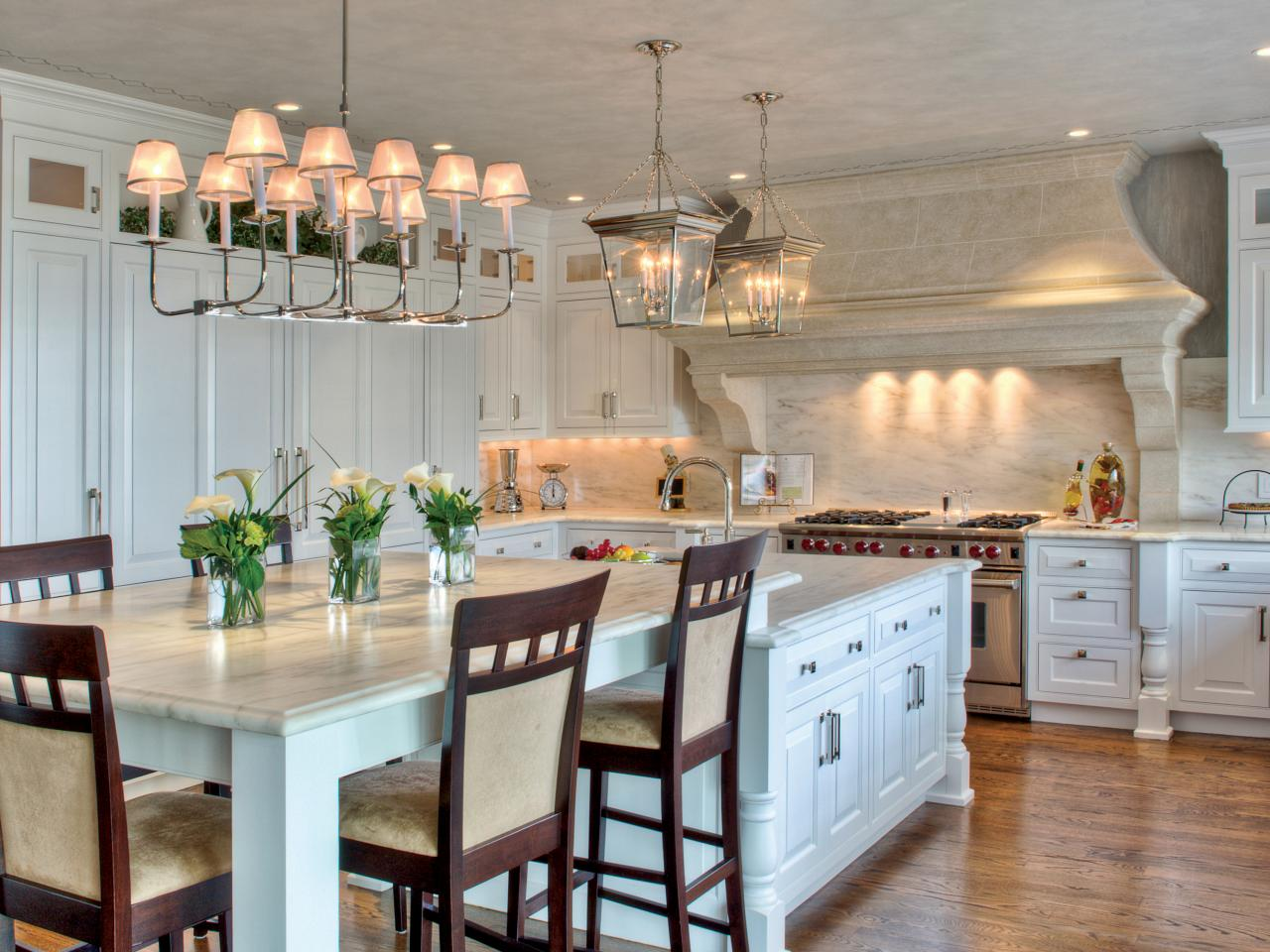 A Kitchen Featuring Contemporized Colonial Grandeur