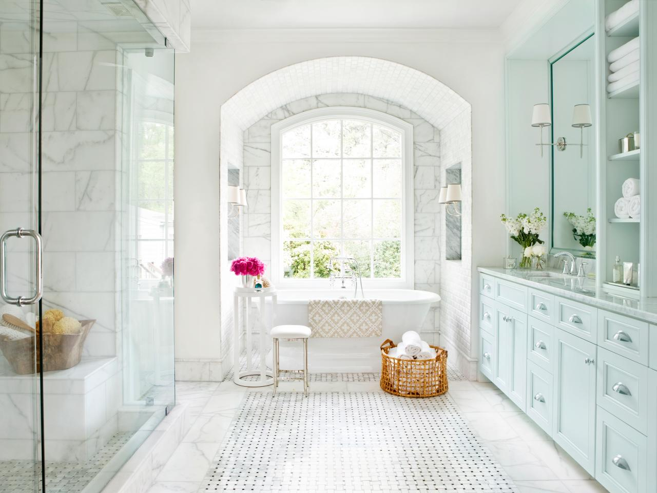 Spa inspired master bathroom hgtv - Master bathroom design and interior guide ...
