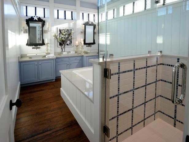 GH2010_02-master-bathroom-wide-6028_s4x3