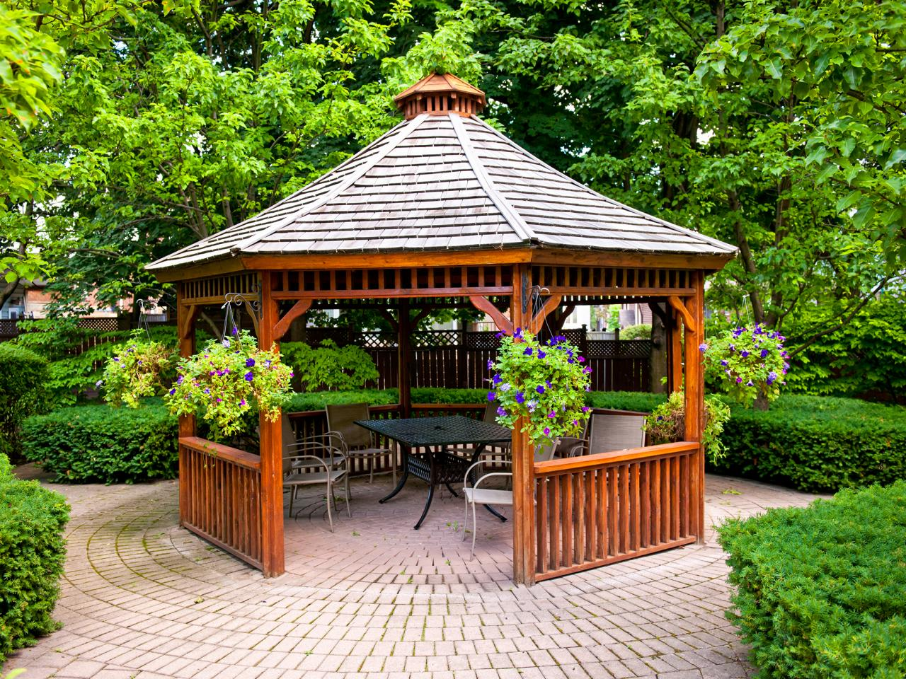Patio gazebos hgtv for Built in gazebo