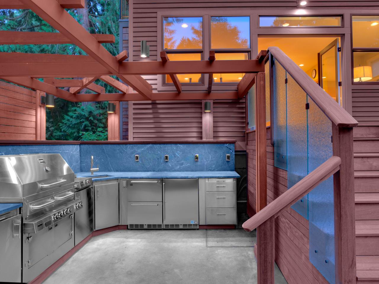 Outdoor Kitchen Roof Optimizing An Outdoor Kitchen Layout Hgtv