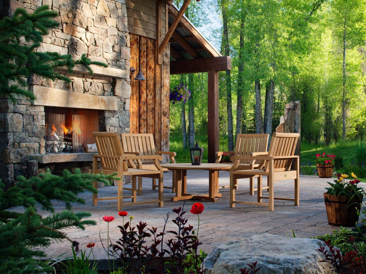 Outdoor Living Spaces: Ideas for Outdoor Rooms | HGTV